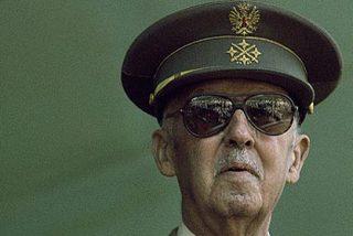 ¿Sabía que Franco tenía el DNI número 1 y qué la Familia Real posee del 10 al 99?
