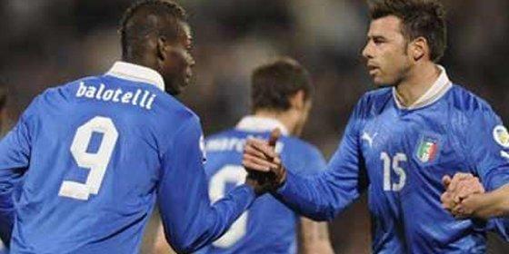 Italia remonta y derrota con sufrimiento a una sorprendente Japón (4-3)