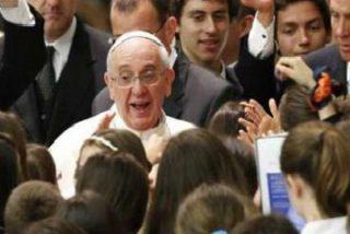 """Francisco se confiesa a los alumnos jesuitas: """"No quería ser Papa"""""""