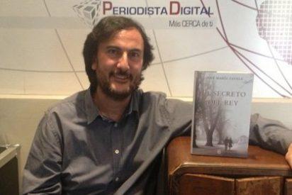 """[VÍDEO ENTREVISTA] José María Zavala: """"Yo me hacía una pregunta, ¿cómo podía hacer verosímil a Juan Carlos de Borbón?"""""""