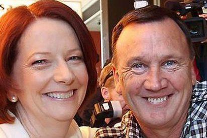 Despiden a un periodista por preguntar a la primera ministra si su pareja es gay