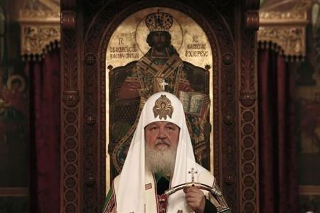 El líder de la Iglesia ortodoxa rusa insta a los monjes a no usar internet