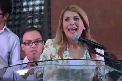 La alcaldesa de Monterrey entrega la ciudad a Jesucristo