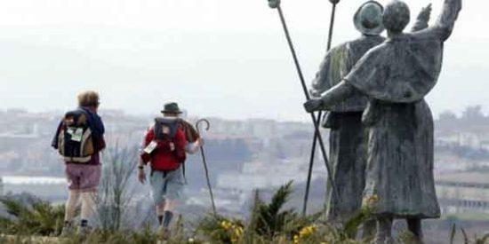 Guía para el Peregrino: ¿Es mejor hacer el Camino de Santiago sólo o acompañado ?