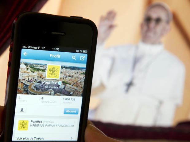 El Twitter del Papa en español supera al del resto de lenguas