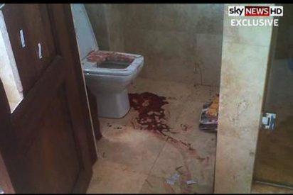 Aparecen las fotos del baño ensangrentado donde el atleta Pistorius mató a su novia