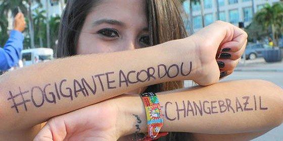 Once ciudades de Brasil ceden ante las protestas de los 'indignados'