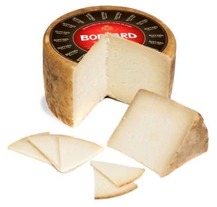 Elite Gourmet refresca el verano con una pareja muy auténtica: queso puro de oveja Boffard y vino rosado Petjades 2009