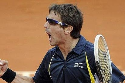 Milagro en Roland Garros: Robredo se mete en cuartos de final tras derrotar a Almagro