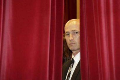 Pastor pregunta por el catalán y Riera le contesta que deje el Parlament por tránsfuga