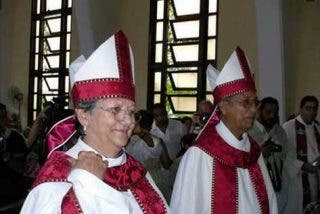 Mujeres al poder eclesiástico