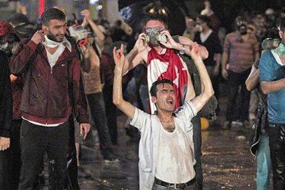 """El Gobierno turco: """"Quien vaya a la plaza Taksim será considerado terrorista"""""""