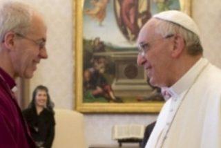 """Francisco pide al líder de los anglicanos """"mantener la ruta"""" hacia la unidad de los cristianos"""