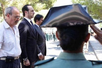 Homenaje a los dos agentes de la Guardia Civil asesinados por ETA en Palmanova
