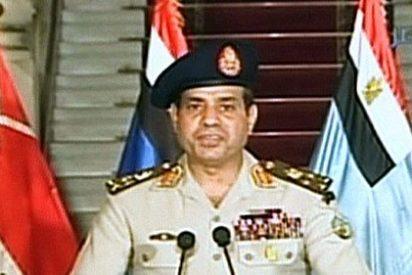 Golpe Militar en Egipto: El Ejército se despliega en las calles de El Cairo