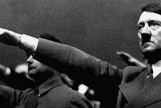 Aparecen las fotos inéditas de Hitler que el 'Führer' no consiguió destruir