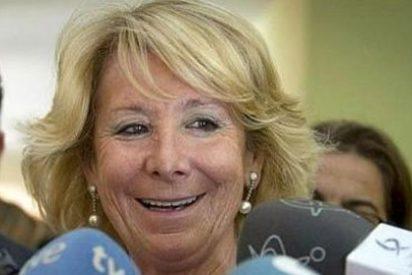 """Esperanza Aguirre llega al Comité """"abochornada"""" por la corrupción en el PP"""