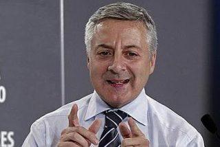 """José Blanco: """"Creo en la presunción de inocencia, tanto en la mía, como en la de Rajoy"""""""