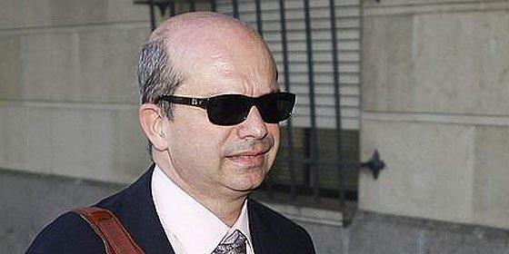 El abogado de los ERE queda libre tras pagar la fianza de 150.000 euros en efectivo