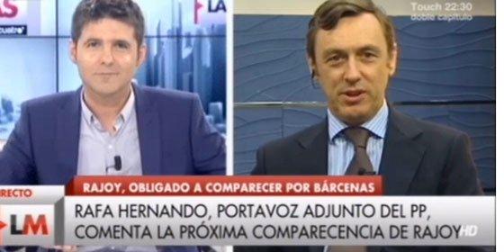 """Hernando (PP) se le echa a la yugular a Cintora: """"¡Usted ha sido una persona que ha defendido a capa y espada a Zapatero!"""""""