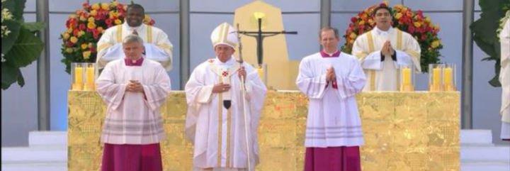 """Francisco en la misa del envío: """"Cristo cuenta con ustedes, la Iglesia cuenta con ustedes, el papa cuenta con ustedes"""""""