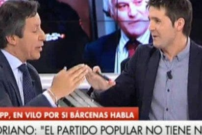 """Agarrada entre el portavoz del PP y Jesús Cintora en 'Las Mañanas de Cuatro': """"¿Y por qué no discutimos si los tertulianos cobran mucho por hablar 45 minutos?"""""""