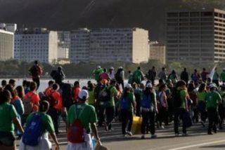 Atascos, desorganización y robos, cruces de los jóvenes en la JMJ de Río