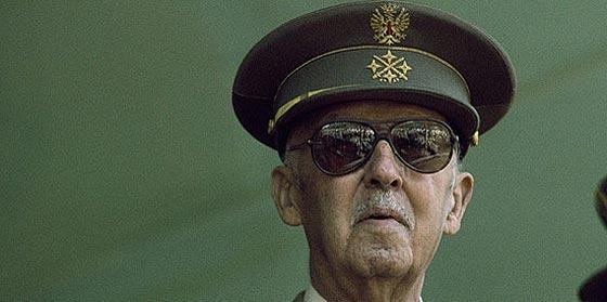 Francisco Franco sortea la Ley de Memoria Histórica en el Alcázar de Toledo