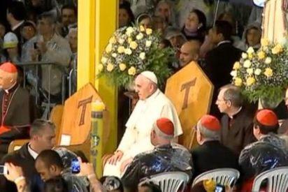 """Francisco denuncia a """"los mercaderes de muerte"""" que siembran """"la plaga del narcotráfico"""""""