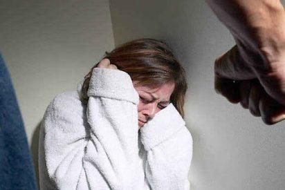 Detenido por sacar a su mujer de la cama por los pelos y pegarla delante de los hijos