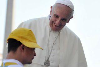 Francisco vulnera la frontera entre lo sagrado y lo profano