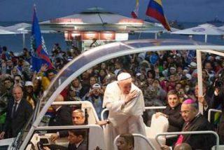 """Francisco, en Copacabana: """"La fe es revolucionaria. ¿Estás dispuesto a una revolución de la fe?"""""""