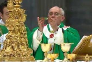 """Francisco a seminaristas y novicias: """"La misión consiste en experimentar la consolación y dársela al pueblo"""""""