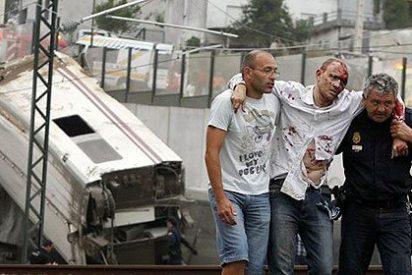 Más de 77 muertos al descarrilar un tren en Santiago de Compostela