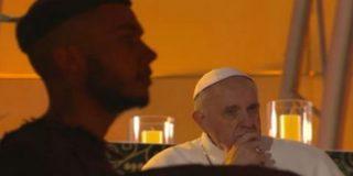 """El Papa pide a los jóvenes católicos que sean """"atletas de Cristo"""" y """"futboleros de Dios"""""""