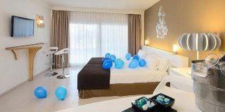 Montan en España el primer hotel del mundo para los adictos a Twitter