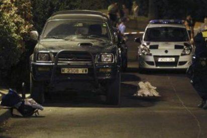 El conductor que arrolló al bebé que se cayó del cochecito conocía a los padres