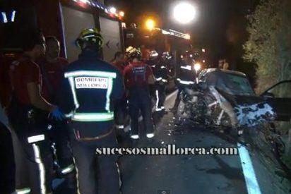 El impactante vídeo del accidente del coche que invadió la calzada contraria en Algaida