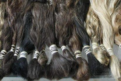 'Pirañas' de Venezuela roban el pelo a las mujeres que pasean por la calle tijera en ristre