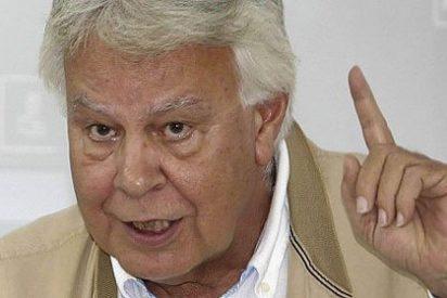 Pedrojota le hace el 'guión' a Rubalcaba para disgusto de Felipe González