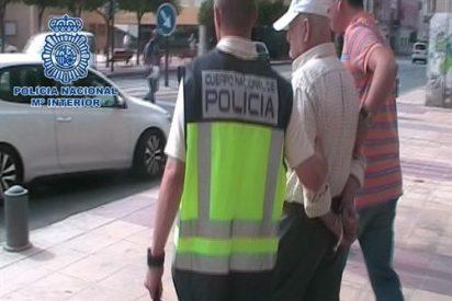 La Guardia Civil contrató como traductor trilingüe al pederasta Galván
