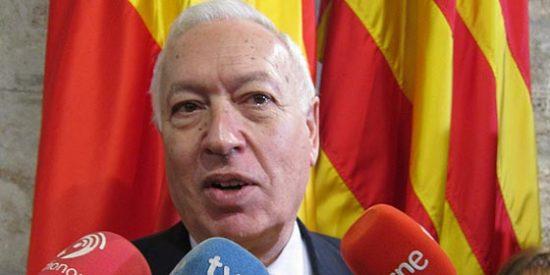 """Para Margallo """"deshacer el daño causado"""" en Gibraltar pasa por cargarse el hormigón"""