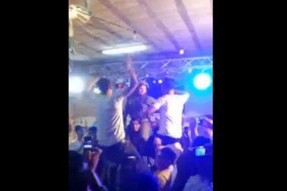 [Vídeo] Soldados israelíes de élite bailando desmadrados en una discoteca con palestinos