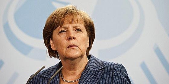 """Angela Merkel: """"Grecia no debería haber entrado en el euro de ninguna manera"""""""
