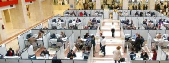 Los españoles trabajamos por debajo de la media europea, y así nos luce el pelo