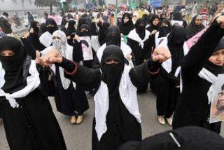Un clérigo islámico corta a su mujer en 10 trozos por no ponerse velo y llevar a sus hijos a un colegio inglés