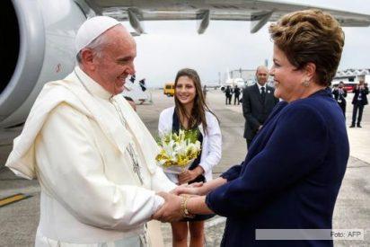 La visita de Papa mejora la imagen de Dilma