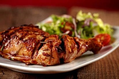 Como parte de su campaña promocional de usos prácticos, Muslo de Pollo en Salsa Barbacoa al Pimentón Ahumado La Chinata
