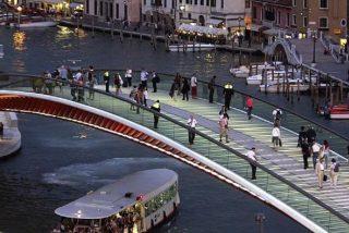 El puente que diseñó Calatrava en Venecia puede pasarle una factura de casi 4 millones