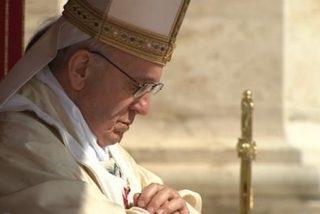 El Papa reza por los cristianos perseguidos
